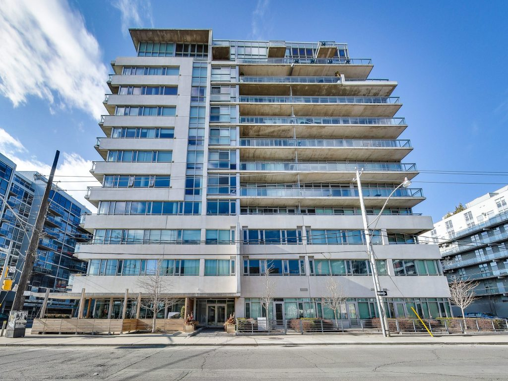 King West - 38 Niagara St