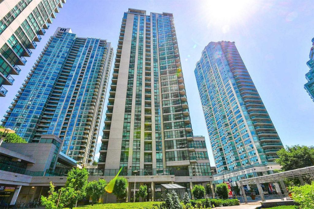 Downtown Core Waterfront - 16 Yonge St