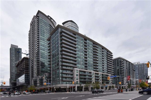 Downtown Core Waterfront - 51 Lower Simcoe St