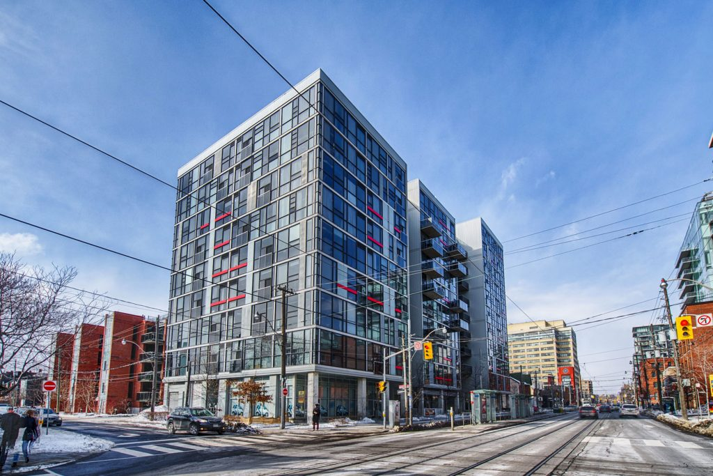 King West - 60 Bathurst St