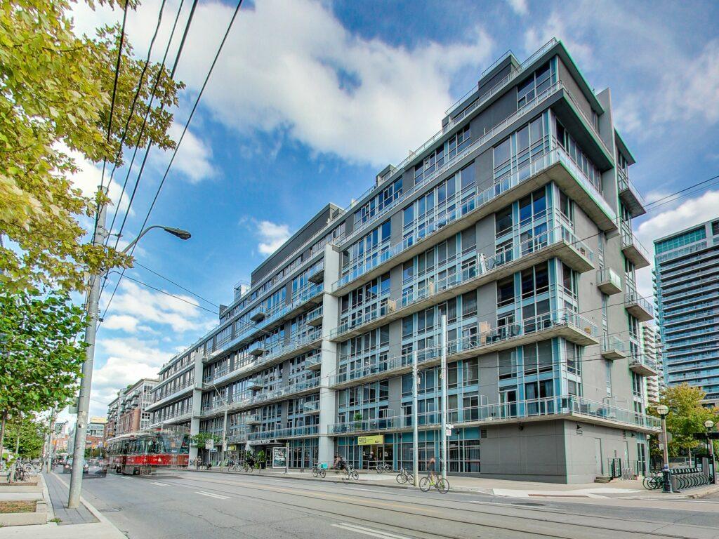 1029 King St W Toronto