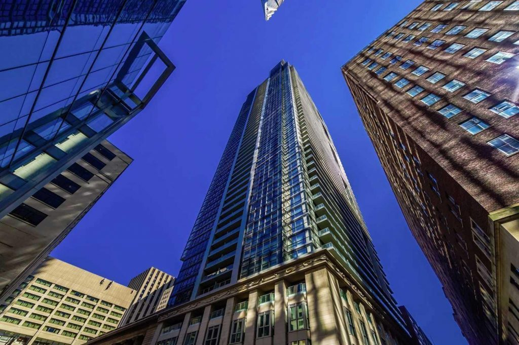 Downtown Core Waterfront - 70 Temperance St