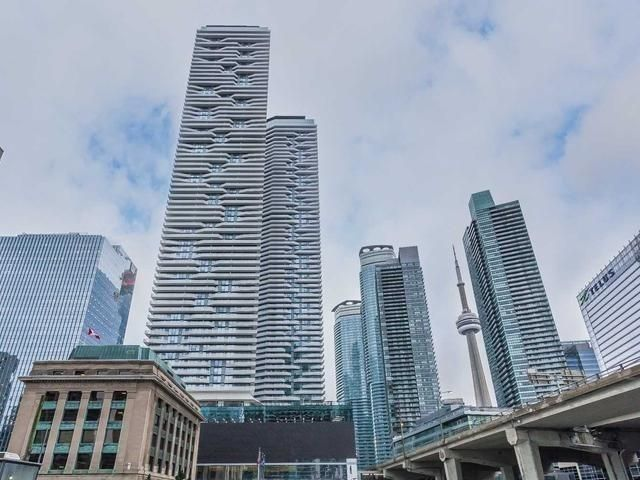 Downtown Core Waterfront - 88 - 100 Harbour St