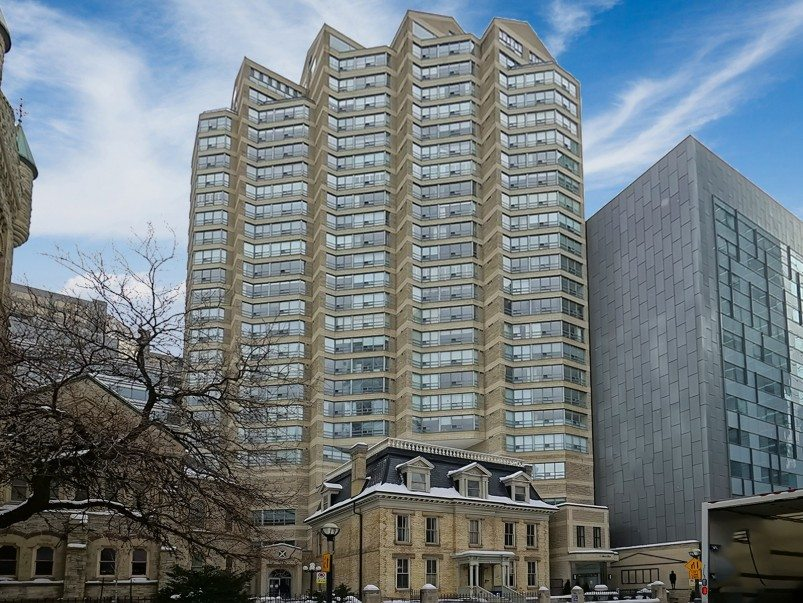 King West - 71 Simcoe St